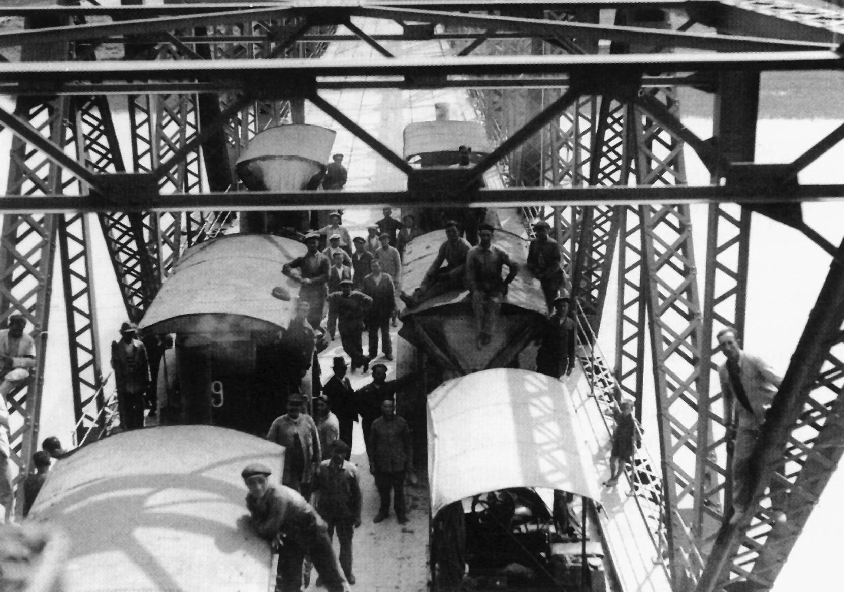 Prueba de resistencia del puente de San Juan de Aznalfarache, 1933 (Archivo Serrano, Archivo General de la Administración)