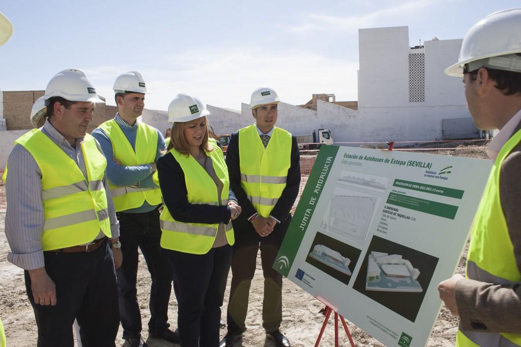 La consejera efectuó el pasado 30 de abril una visita a los trabajos iniciales de ejecución del futuro apeadero.