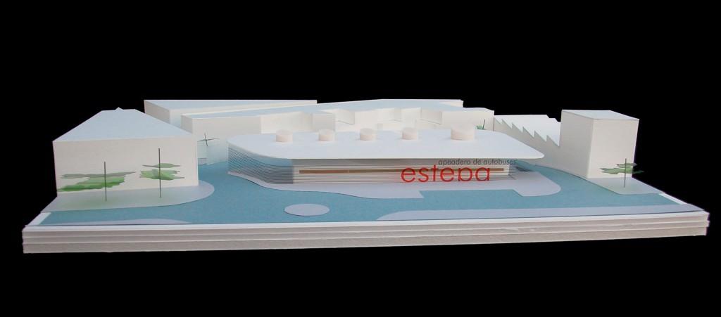 Vista frontal de la maqueta de la futura Estación de autobuses de Estepa.